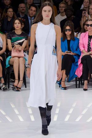 Модное приталенное платье Christian Dior 2015