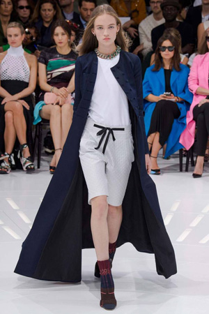 Длинное пальто весна лето от Christian Dior