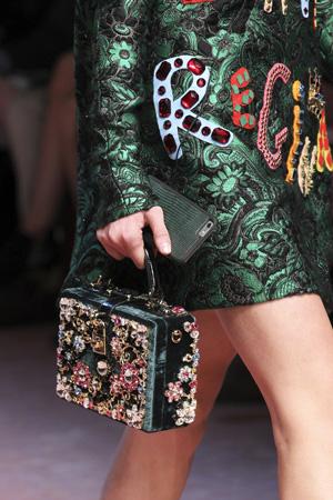 Модная сумка чемоданчик осень-зима 2015-2016 фото – Dolce & Gabbana