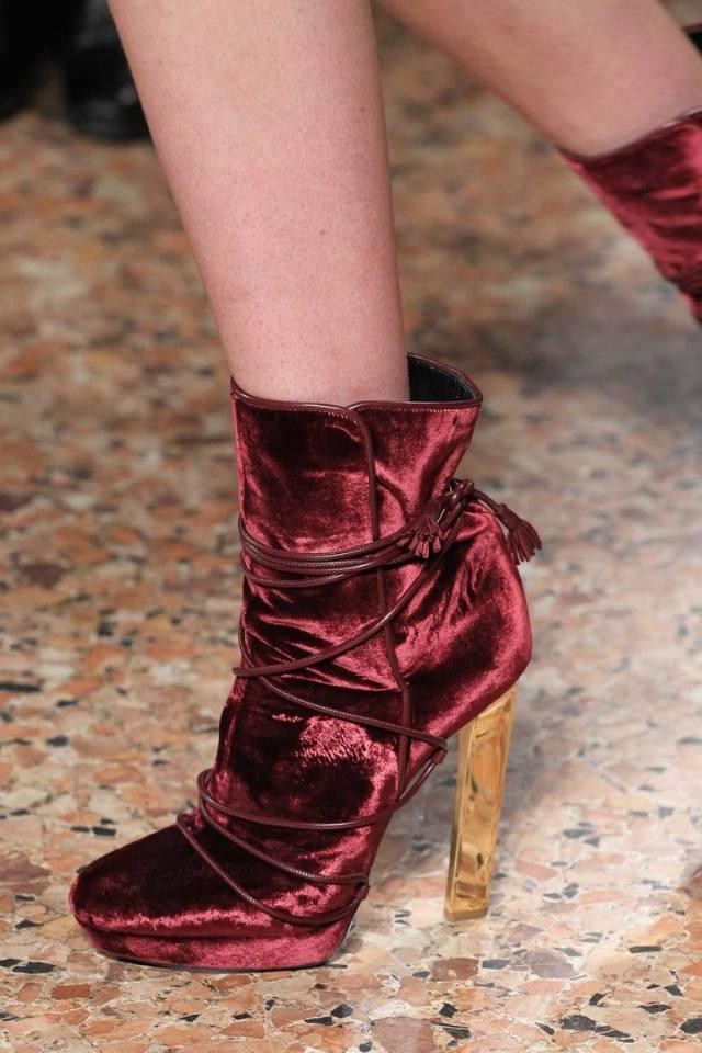 Пятнистая модная обувь осени 2015 и зимы 2016 - фото новинки от Emilio Pucci