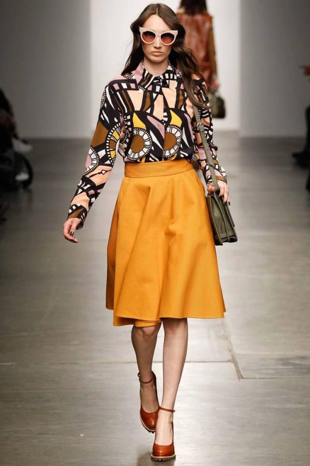 Желтый модный цвет одежд 2016 - фото новинки от Karen Walker