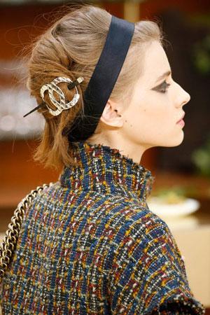 Модный макияж глаз и губ осень-зима 2015-2016 фото Chanel