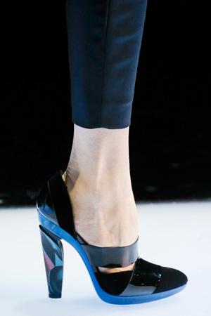 Модные туфли на каблуке осень-зима 2015-2016 фото Giorgio Armani