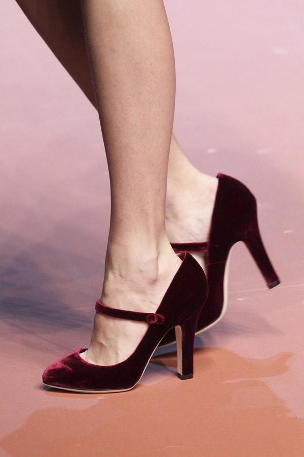 Бордовые модные туфли 2016 – фото Dolce & Gabbana