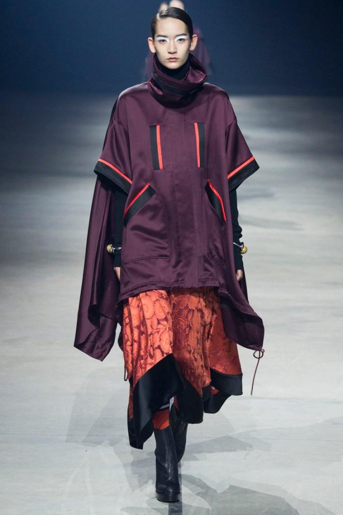 Сиреневое модное пончо 2016 – фото Kenzo