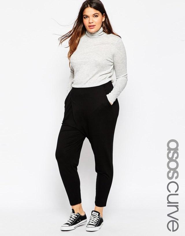 Спортивная мода 2016 для полных женщин: брюки с запахом ASOS CURVE, цена 2 117,64 руб.