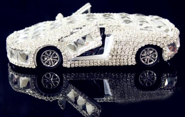 Машина из страз своими руками