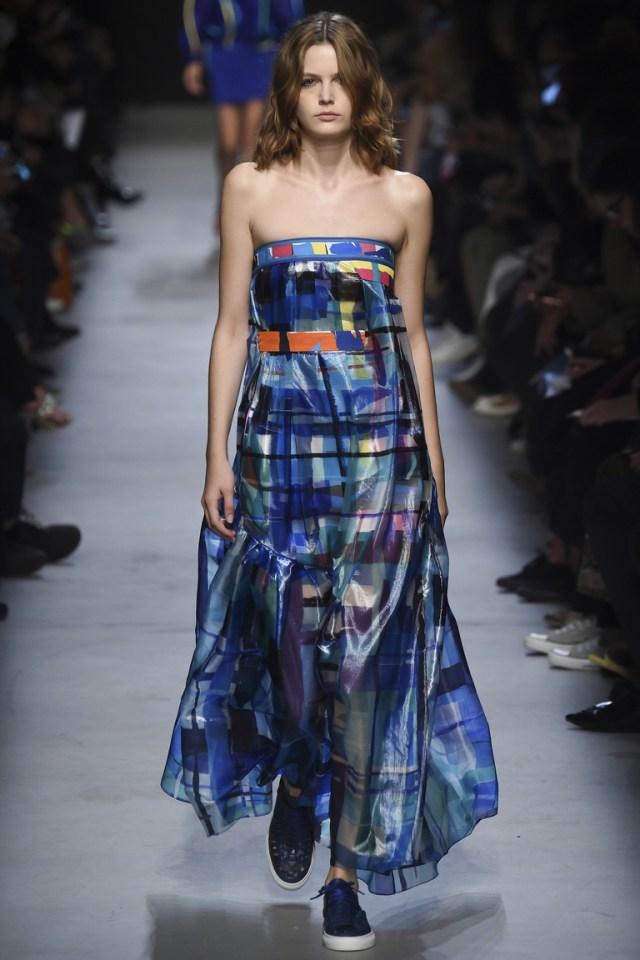 Синее модное платье в клетку 2016 года – фото новинка от Leonard