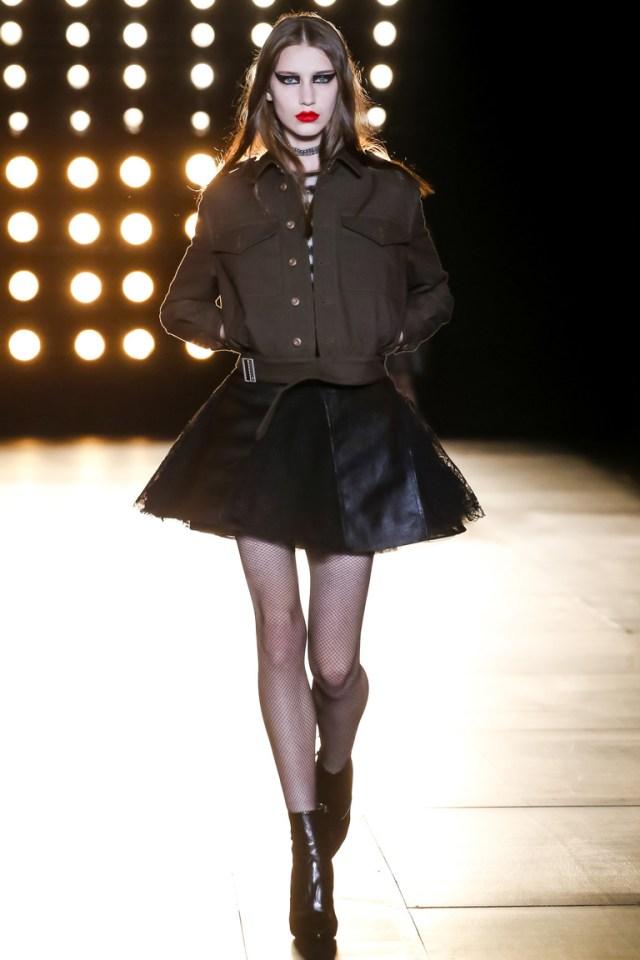 Модная коричневая куртка 2016 – фото новинки от Saint Laurent