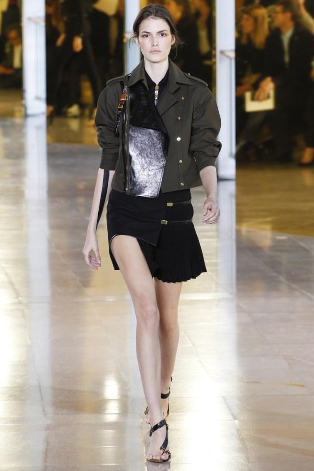 Короткий модный фасон юбки 2016 – фото новинки от Anthony Vaccarello