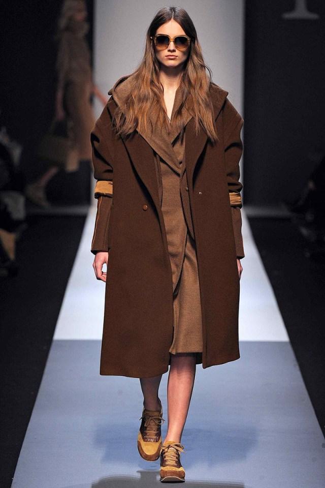 Пальто коричневое кашемир фото новинка сезона