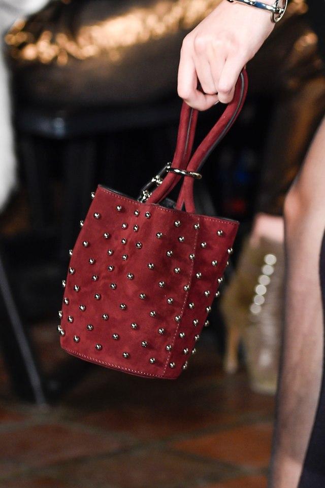 Красивая сумочка от Alexander Wang