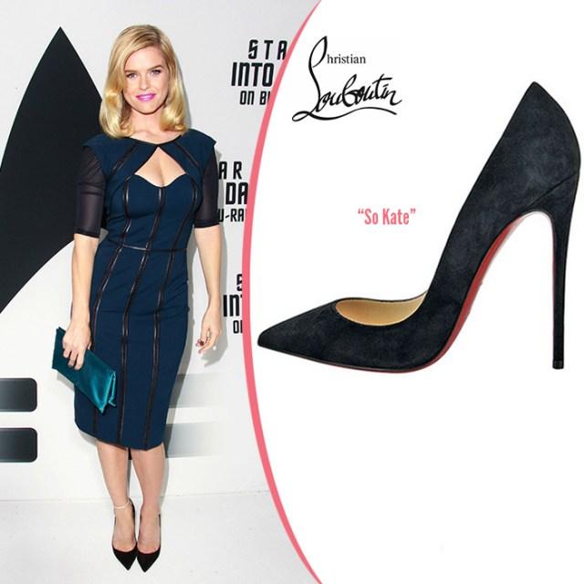 Роскошные черные туфли с красной подошвой – фото знаменитостей