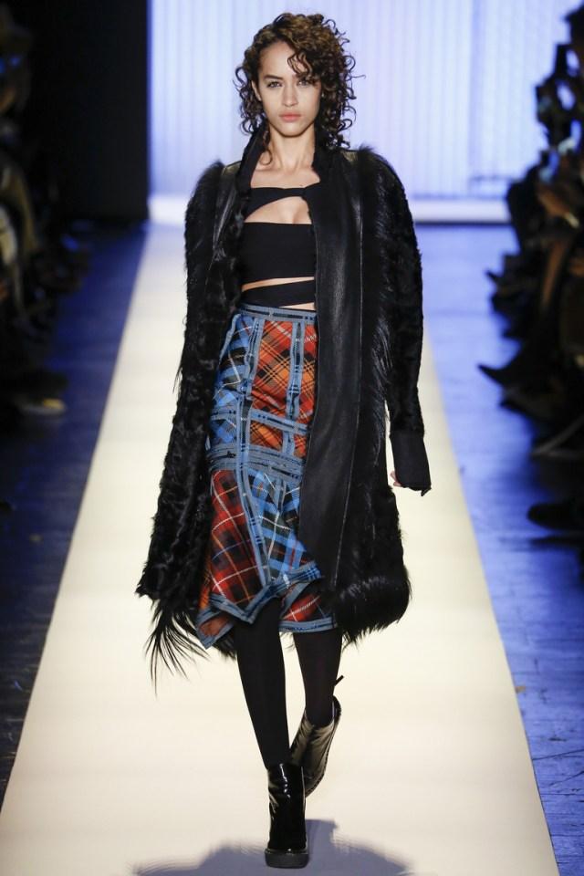 Hervé Léger by Max Azria осень-зима 2016-2017 на Неделе моды в Нью-Йорке