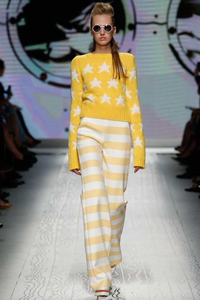 Широкие расклешенные брюки в полоску, сезон весна-лето 2016 – коллекция Max Mara