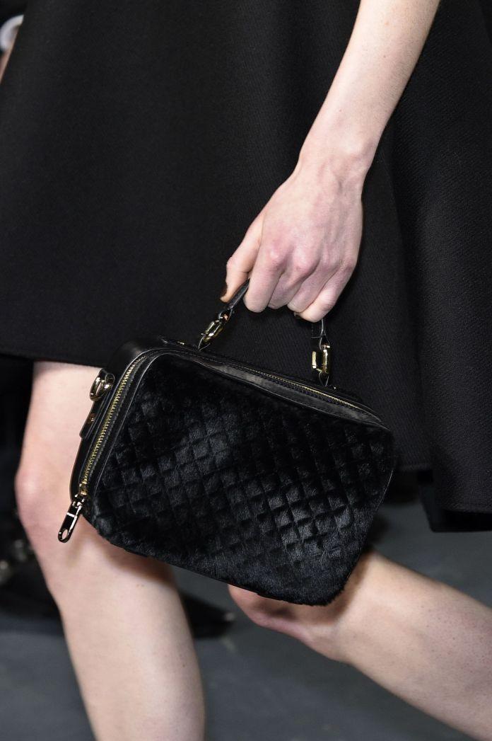Маленькая красивая сумочка от Milly