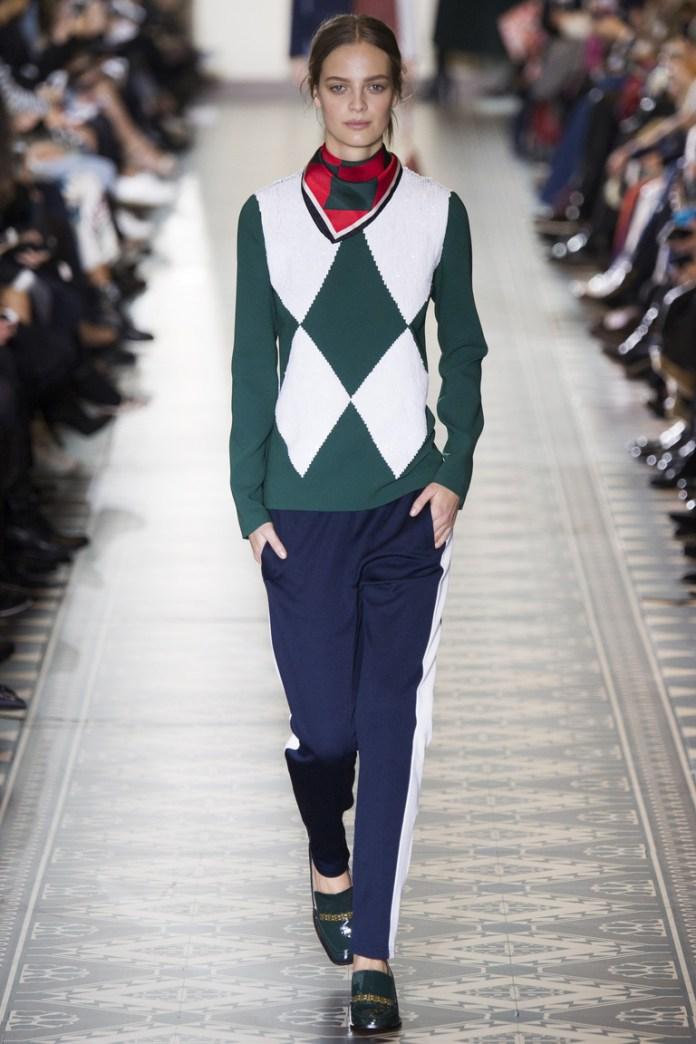 Показ Tory Burch осень-зима 2016-2017 на Неделе моды в Нью-Йорке