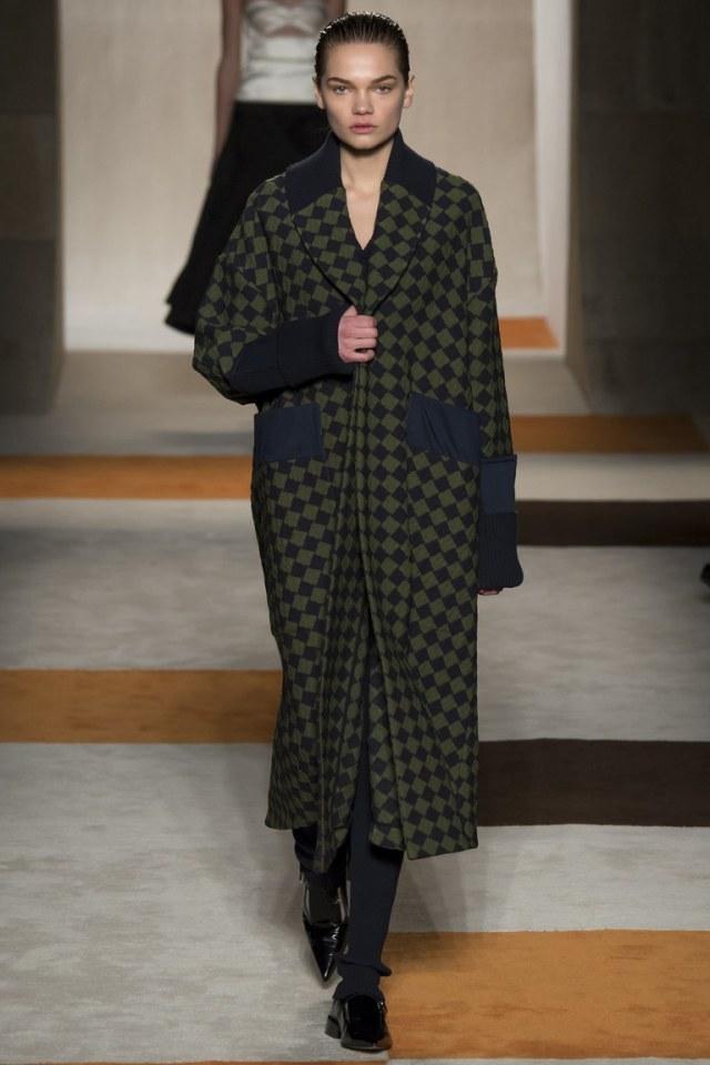 Victoria Beckham осень-зима 2016-2017 на Неделе моды в Нью-Йорке