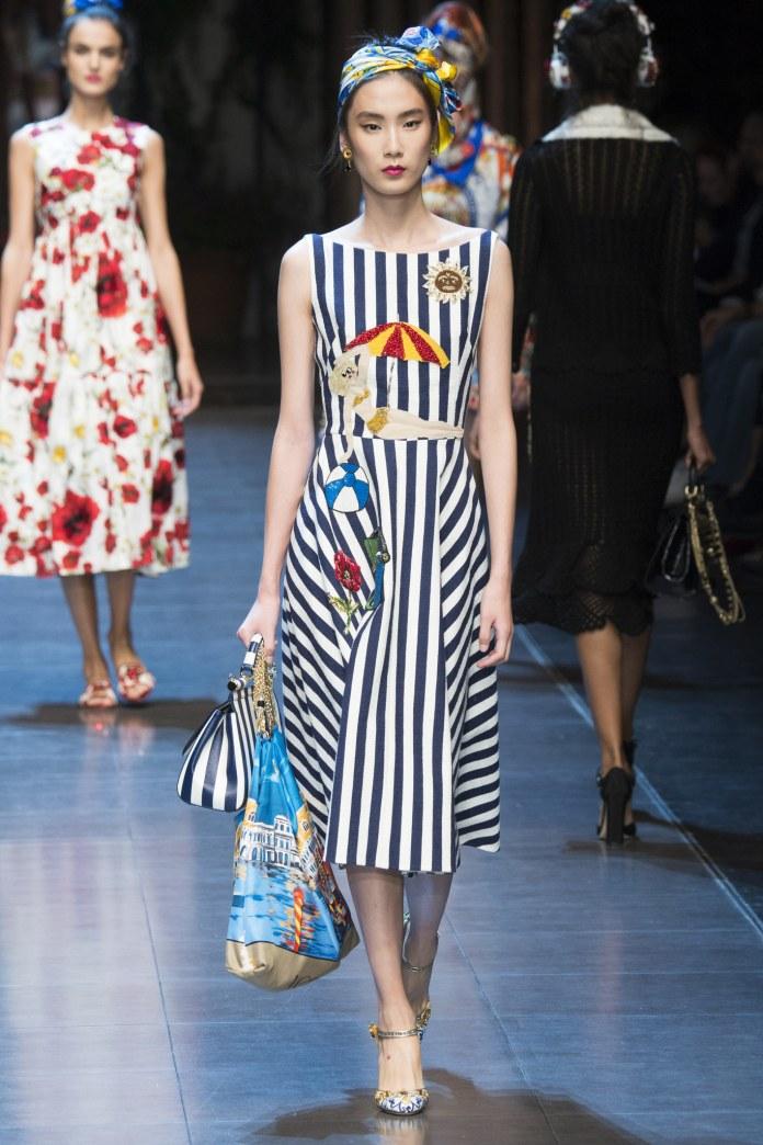 Платье в ретро-стиле в коллекции Dolce Gabbana