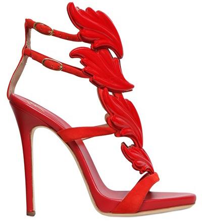 Красные шикарные туфли Giuseppe Zanotti - фото новинки и тренды сезона