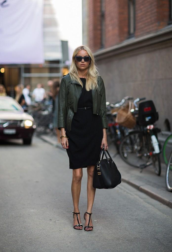 Короткая кожаная куртка косуха с классическим платьем - фото новинки и тренды сезона