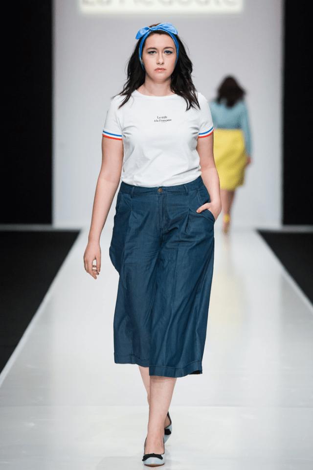 Показ Plus Size на неделе моды в Москве