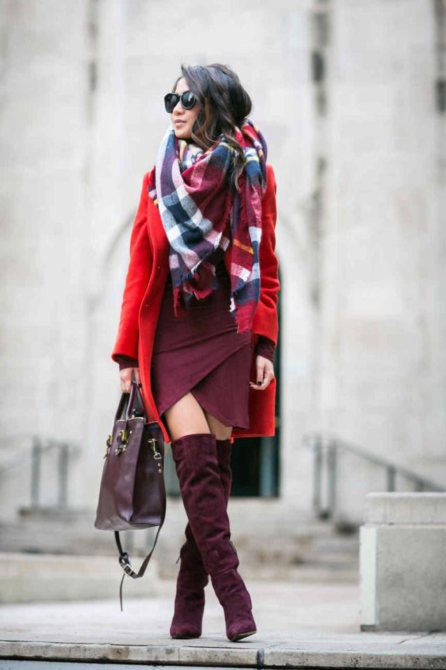 Теплое сочетание близких оттенков – красный и бордовый цвет