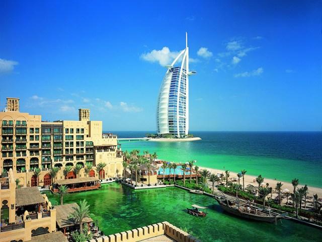 Арабские Эмираты. Выбирают, как правило, состоятельные туристы