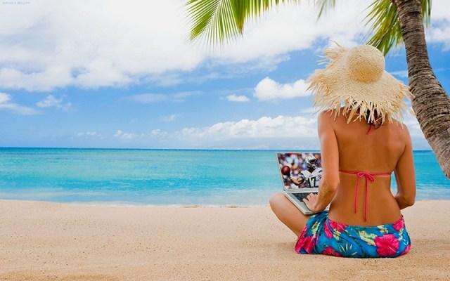 Купальник-просто незаменима для летнего отпуска.