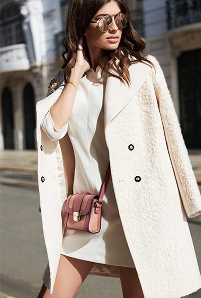 Новая коллекция Love Republic - короткое белое платье и пальто в стиле Шанель.