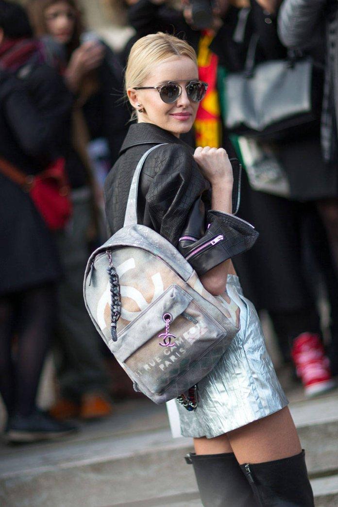 На вершине славы в этом сезоне – мешковатые рюкзаки.