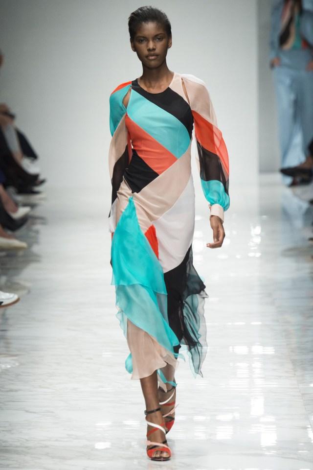 Платье в полоску, сочетание ярких цветов из коллекции Blumarine.