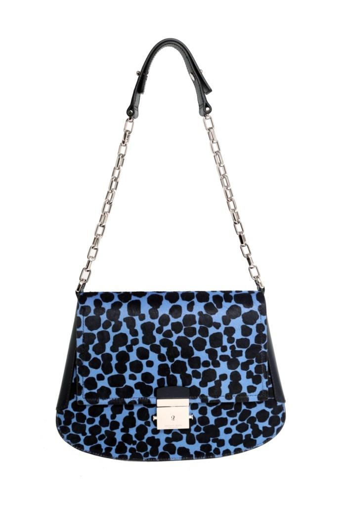 Модные сумки: тренд сезона - сумка с удлиненной ручкой фото из коллекции KORS STILL LIFE.