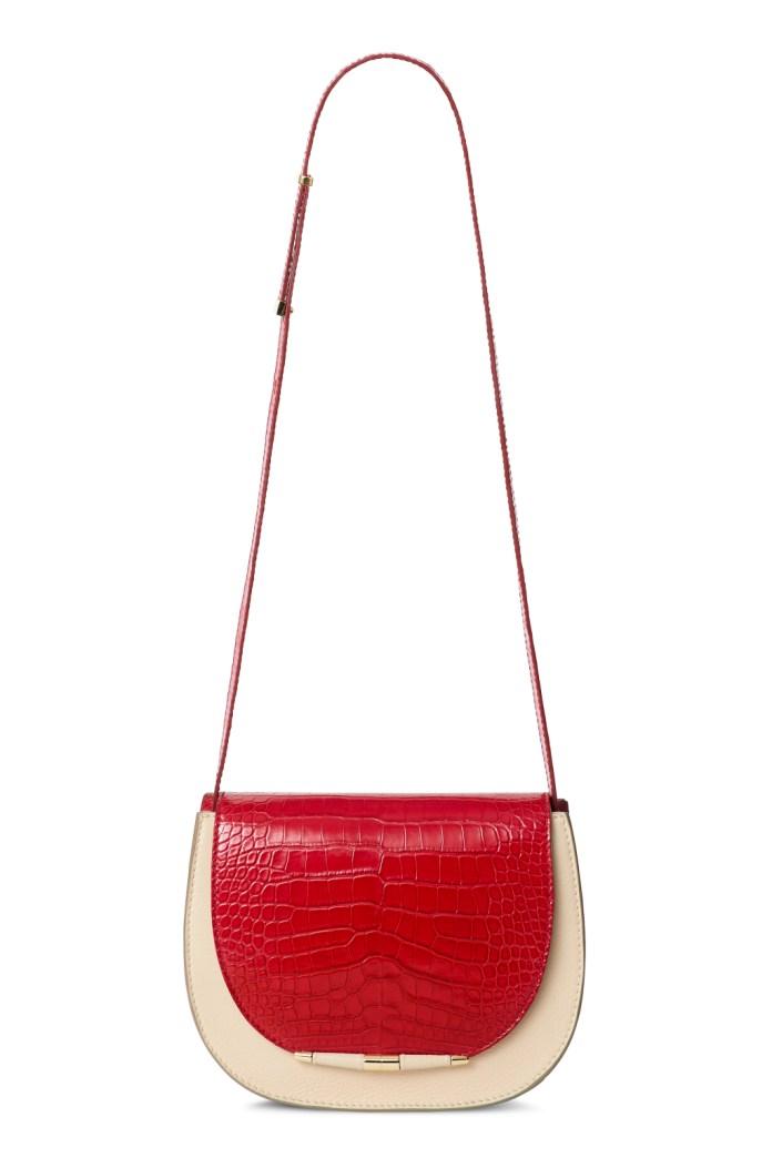 Модные сумки: тренд сезона - сумка с удлиненной ручкой фото из коллекции Tyler Alexandra.