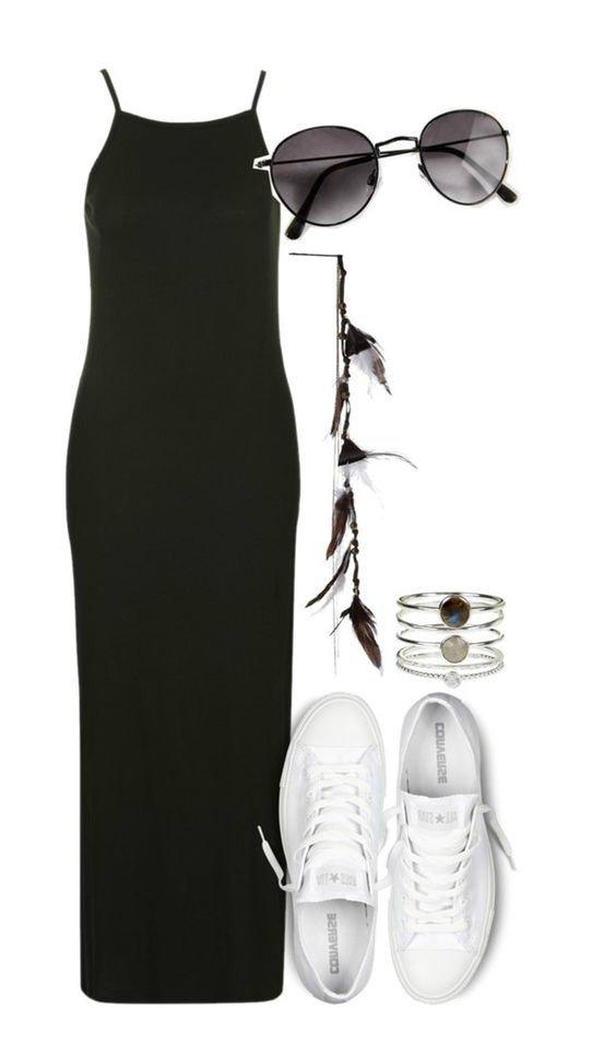 На фото: новый лук с длинным черным платьем с белыми туфлями.