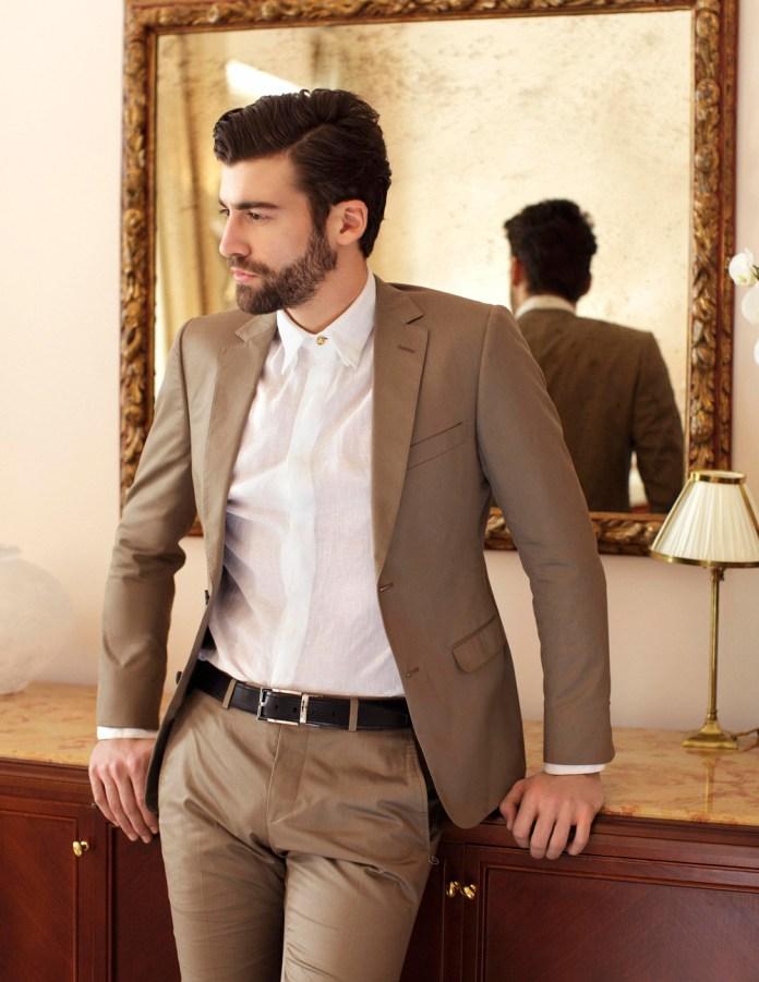 На фото: ошибка мужского гардероба.