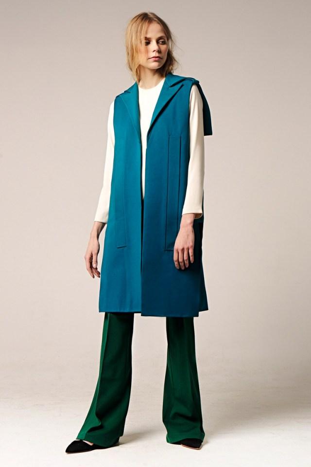 На фото: новый модный образ из коллекции Erma.