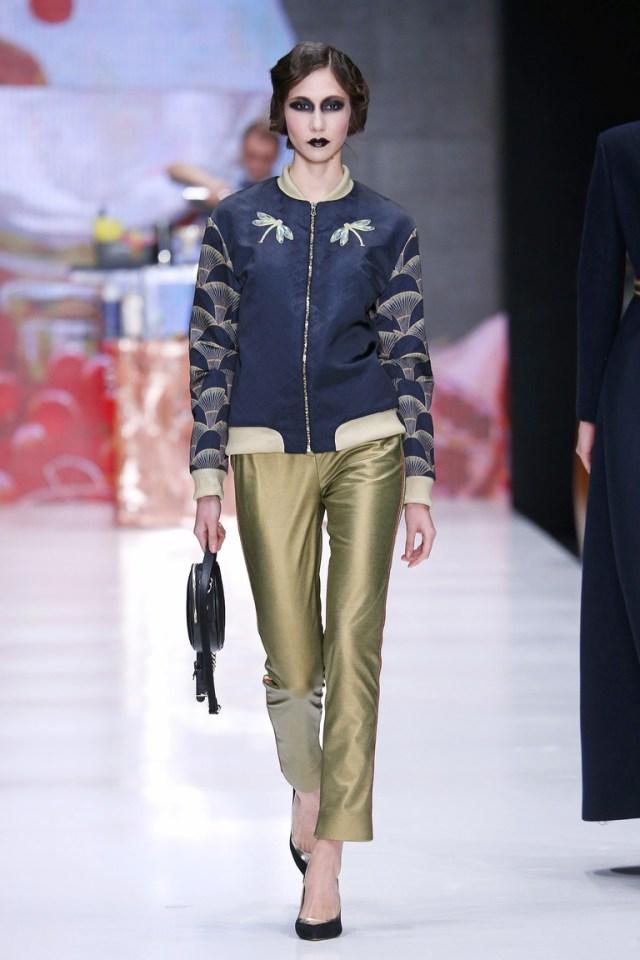 На фото: новый крутой модный образ из коллекции Kamilla-Purshie.