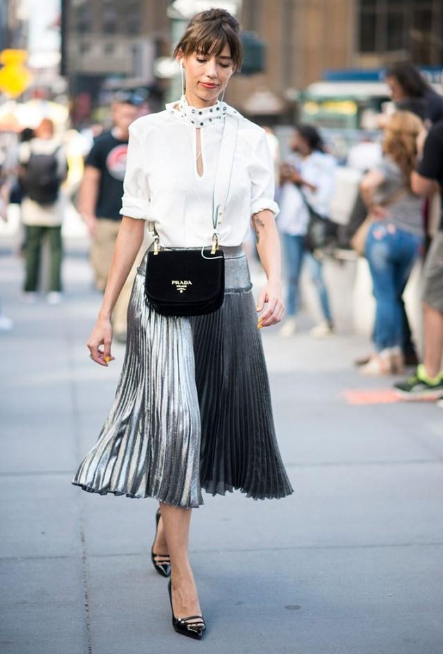 В моде 2017 длинные блестящие юбки - фото новых трендов 2017
