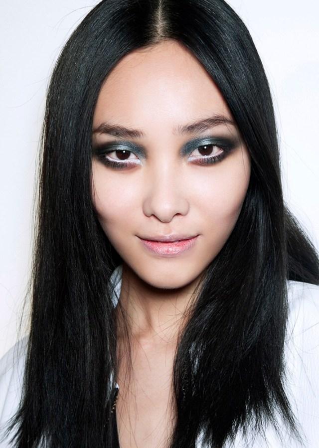 Вечерний макияж 2017 в серых оттенках