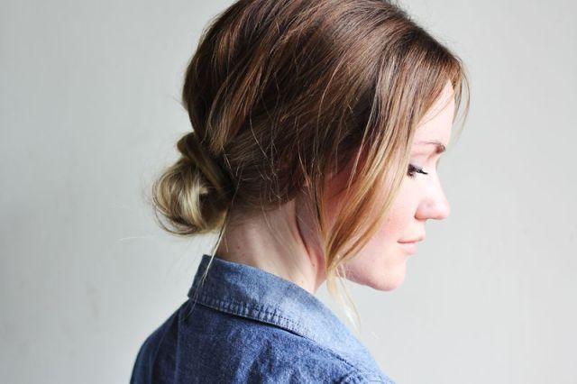 Прически с пучками со средними волосами - прическа на каждый день фото схема