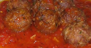 firinda-domates-soslu-kofte