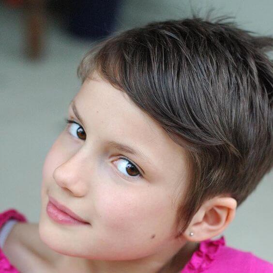 قصات شعر بنات اطفال بوي