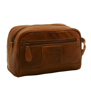 Ashwood – Tan Heritage Wash Bag in Cow Oily Leather