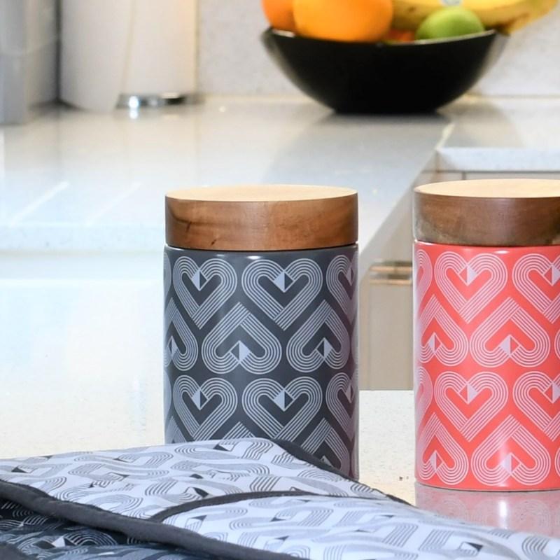 Beau & Elliot – Vibe Grey Slate Medium Ceramic Canister with Wooden Lid
