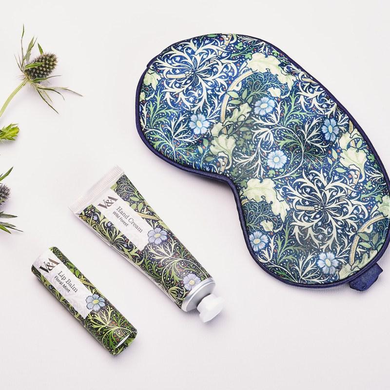 V&A – Seaweed Travel Set in Presentation Gift Box
