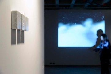 Hugo Mendes - As Três Graças, 2009/2010 - Mármore Carrara - 9 x 6 x 3 cm - Foto Gilson Camargo