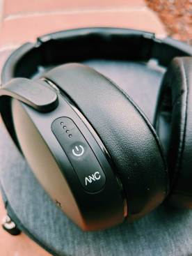 YBLTV Review: Skullcandy Venue Noise-Canceling Wireless Headphones.