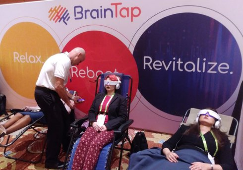 BrainTap Pro. YBLTV Review by Laura Kirani.