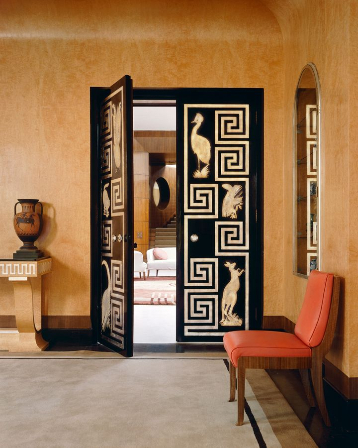 Eltham Palace in the UK is an example of classic 1930s Art Deco style – with plenty of gold and monochrome (Credit: Getty Images)
